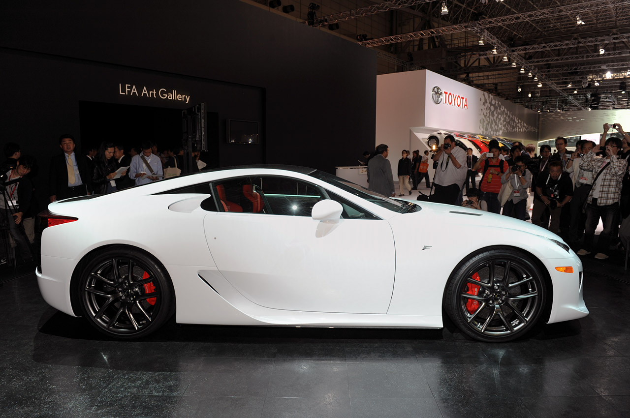 Lexus LFA Officially Unveiled In Tokyo Video U0026 Press Release   Teamspeed.com