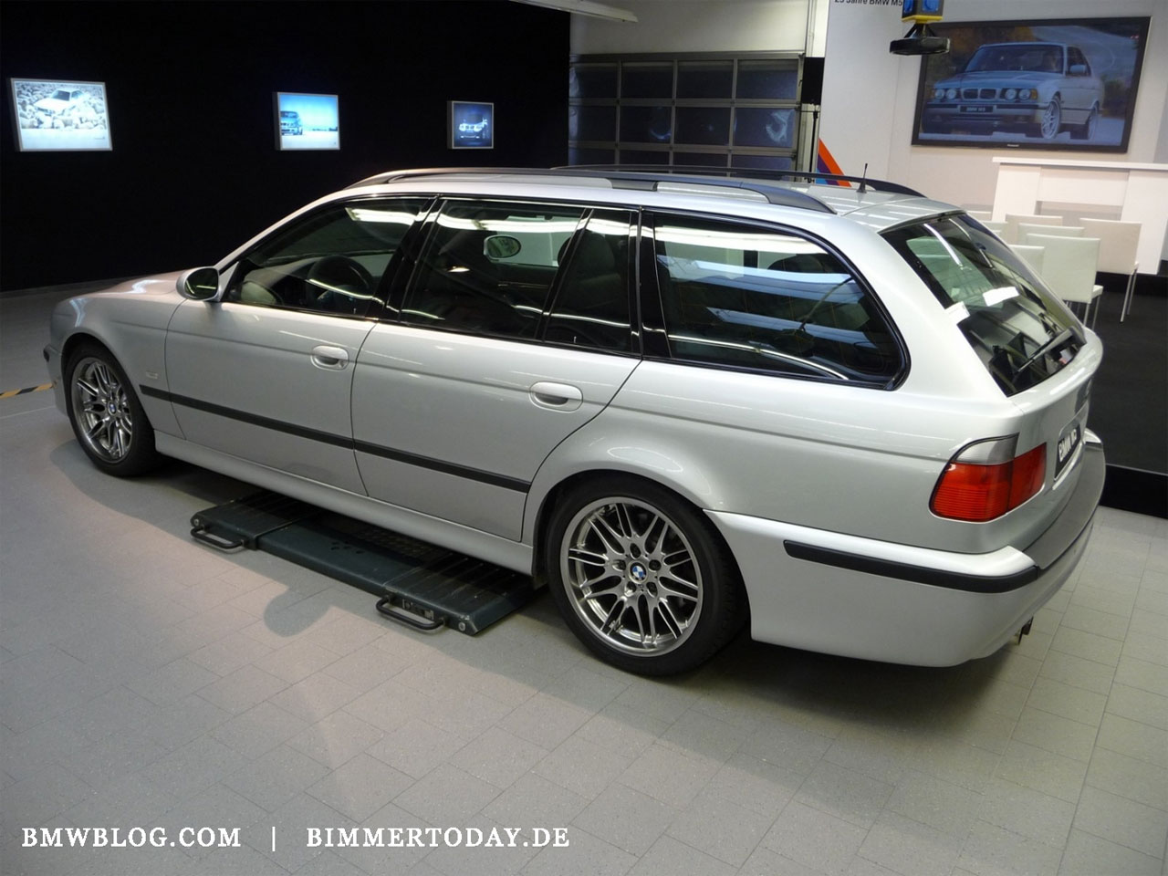 another one of bmws best kept secrets e39 m5 wagon. Black Bedroom Furniture Sets. Home Design Ideas