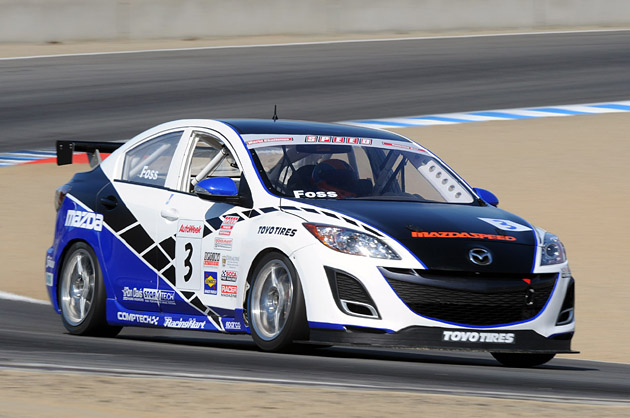 2010 mazda3 makes racing debut at speed world challenge finale. Black Bedroom Furniture Sets. Home Design Ideas