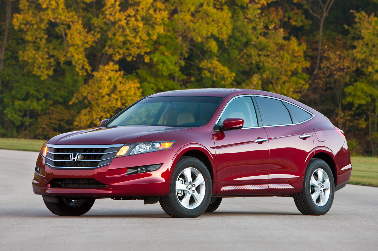 2010 honda accord crosstour photo gallery autoblog. Black Bedroom Furniture Sets. Home Design Ideas