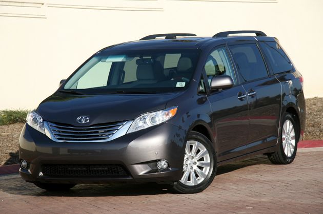 2011 toyota sienna pricing announced starts at 24 260. Black Bedroom Furniture Sets. Home Design Ideas