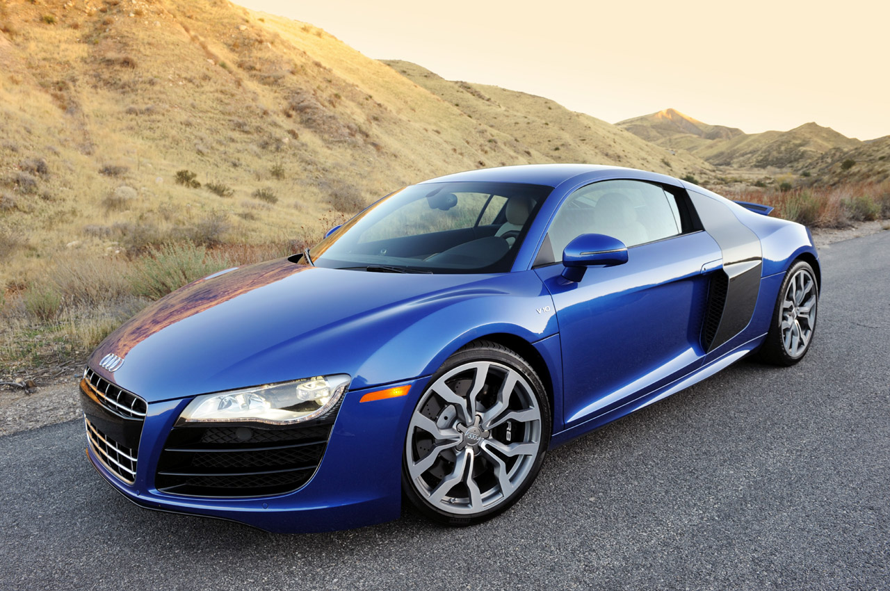 review 2010 audi r8 5 2 fsi v10 photo gallery autoblog. Black Bedroom Furniture Sets. Home Design Ideas