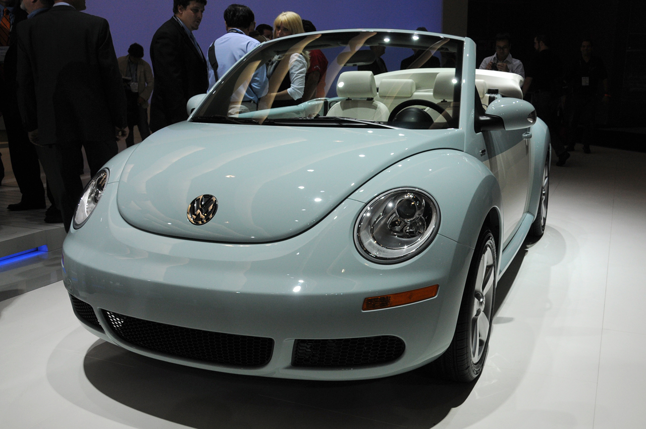 LA 2009: 2010 Volkswagen Beetle Photo Gallery - Autoblog