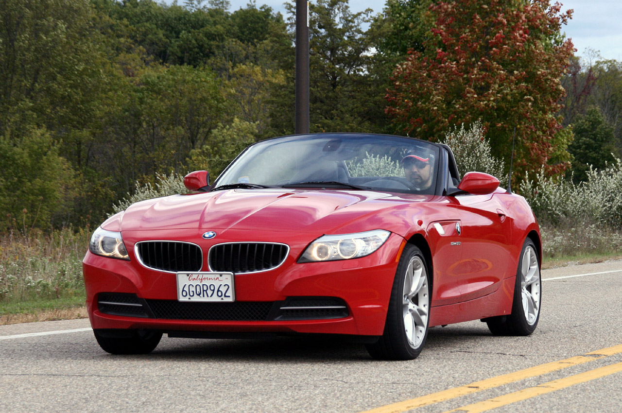 review 2010 bmw z4 sdrive35i photo gallery autoblog. Black Bedroom Furniture Sets. Home Design Ideas