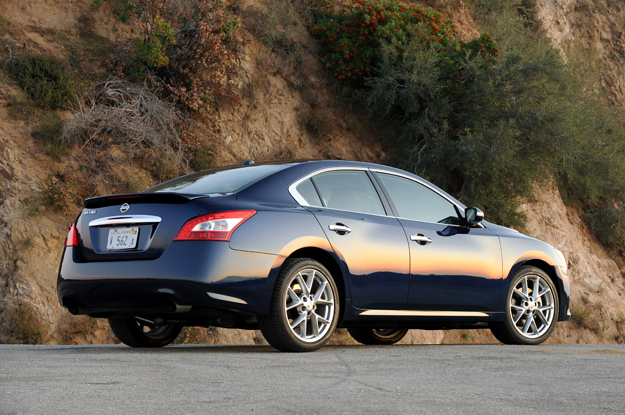Review 2010 Nissan Maxima 3 5 Sv Sport Photo Gallery