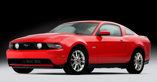 2011 Ford Mustang GT and 5.0-liter V8 unwrapped early 2011-mustang-5.0-gt-1261721519