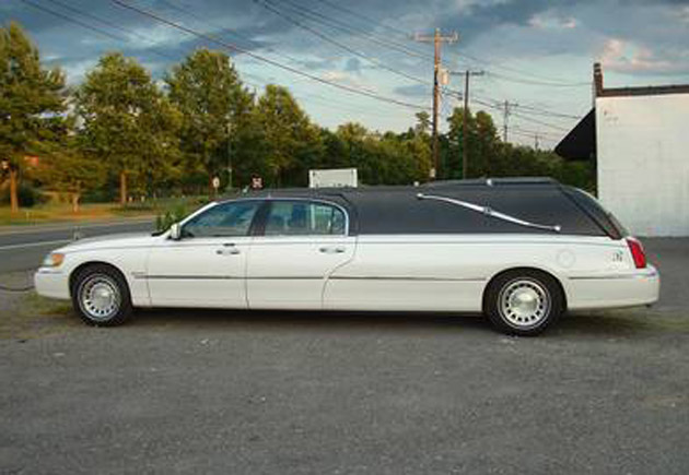 Lincoln Town Car Hearse Limo