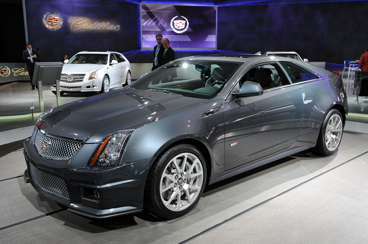 Detroit 2010 Cadillac Cts V Coupe Photo Gallery Autoblog