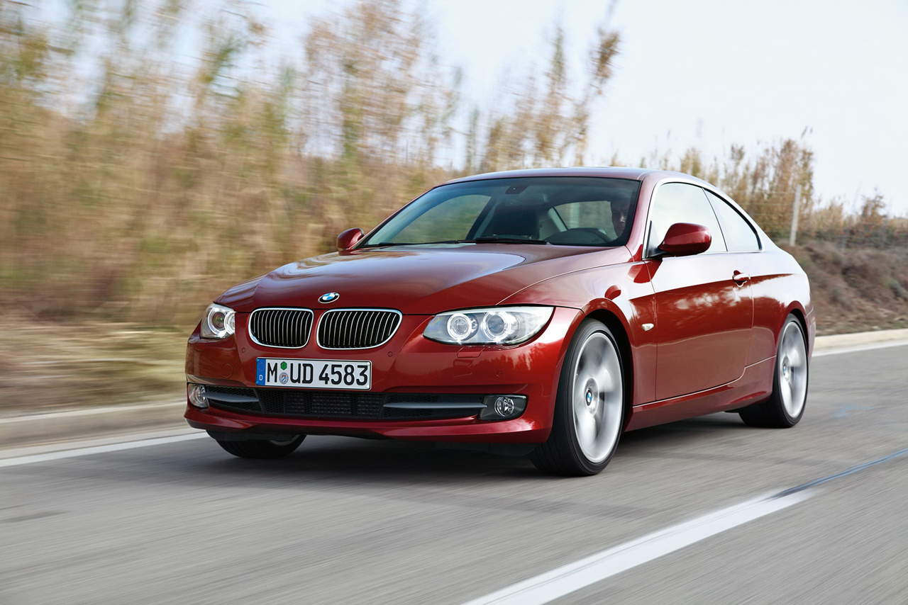 2011 BMW 3 Series leaks out