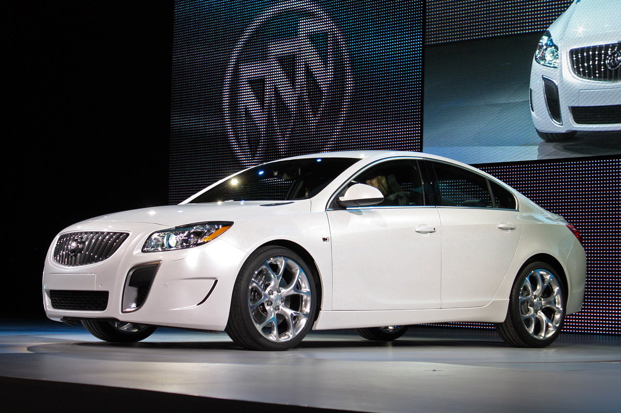 Detroit 2010 Buick Regal Gs Photo Gallery Autoblog
