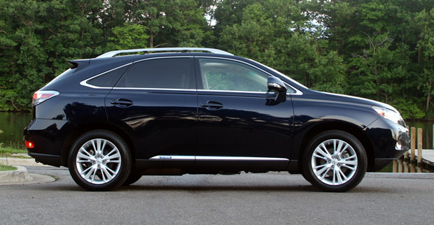 review 2010 lexus rx450h is the pinnacle of autonomous fuel sippers autoblog. Black Bedroom Furniture Sets. Home Design Ideas