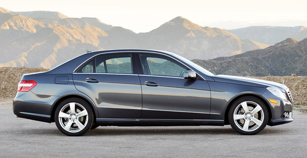Review 2010 mercedes benz e350 4matic weathers the storm for 2009 mercedes benz e class e350 4matic review
