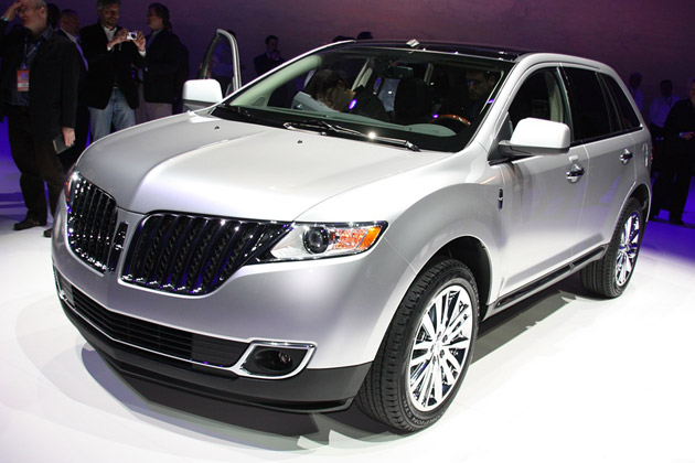 2011 Lincoln MKX – Click above for high-res image gallery