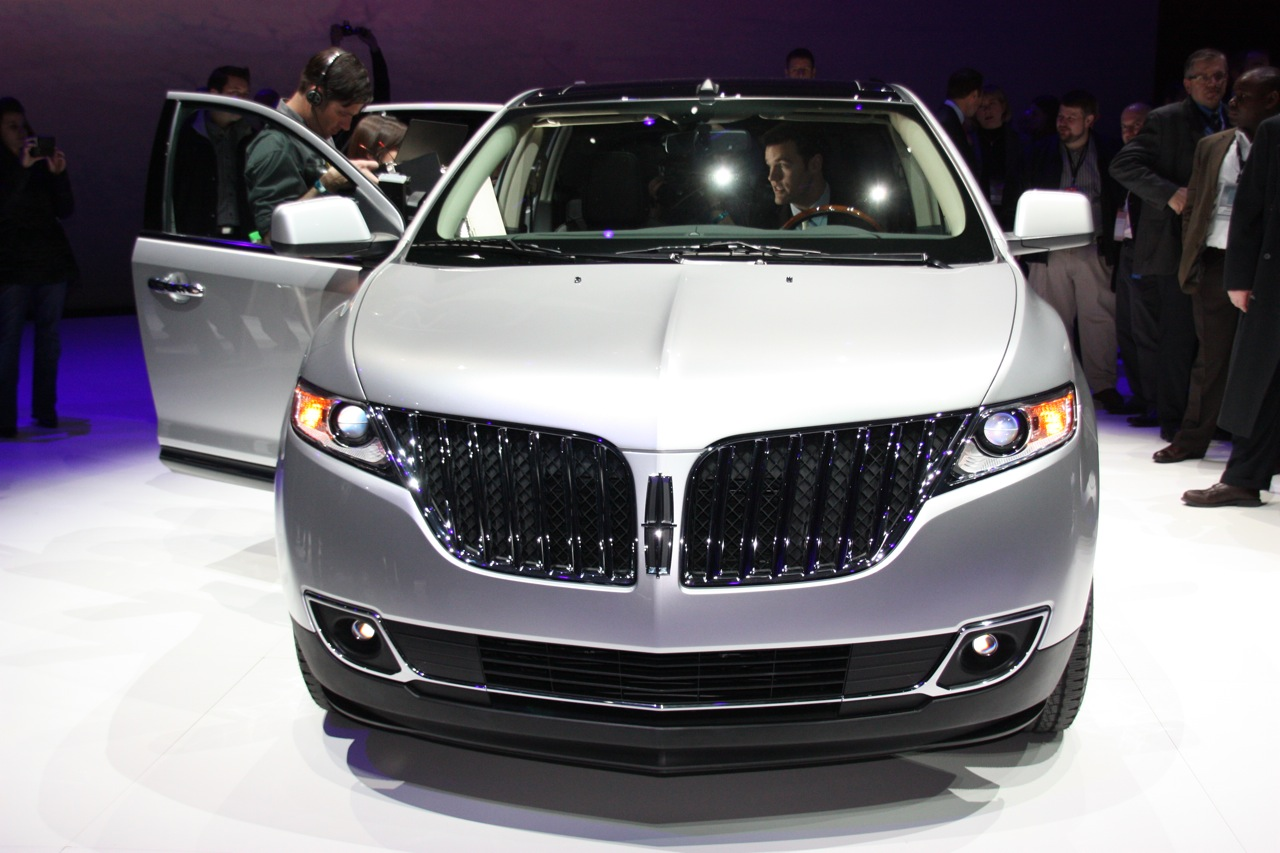 Lincoln Mtx http://www.autoblog.com/photos/2011-lincoln-mkx-2/
