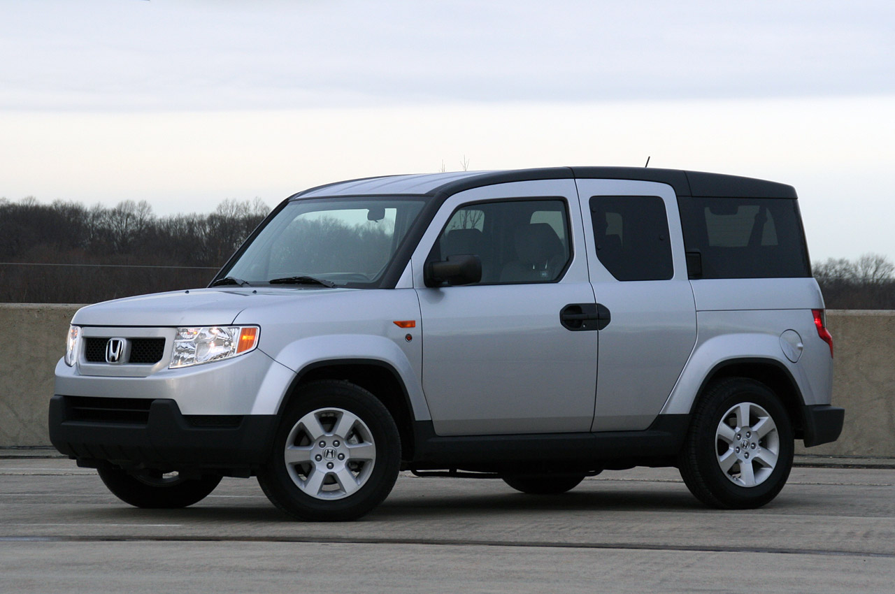 Review: 2010 Honda Element Dog Friendly Package
