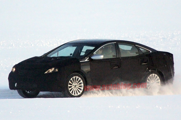 02-2012-hyundai-azera-spy-shots-feb0630o