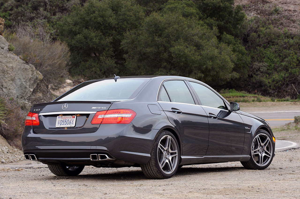 review 2010 mercedes benz e63 amg photo gallery autoblog