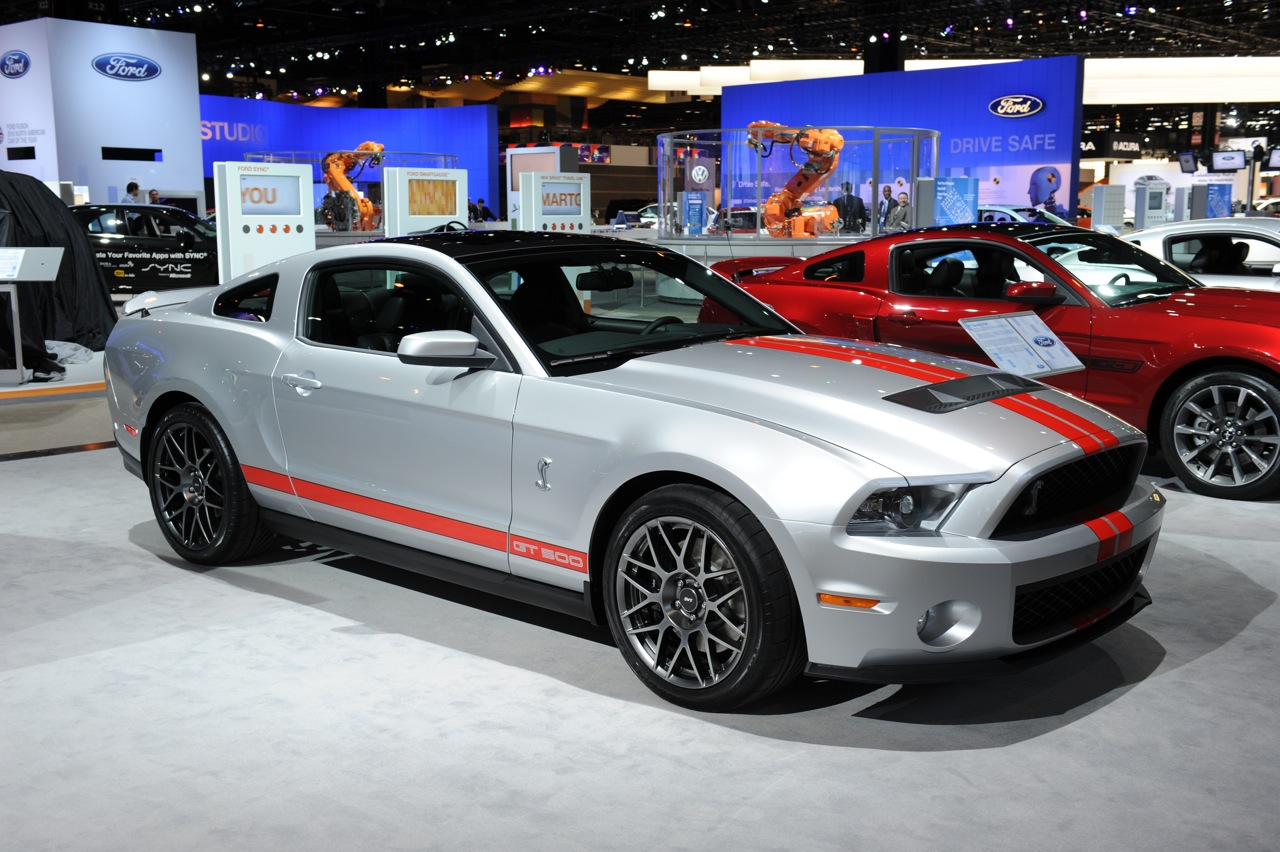 2011 ford shelby gt500 at chicago auto show