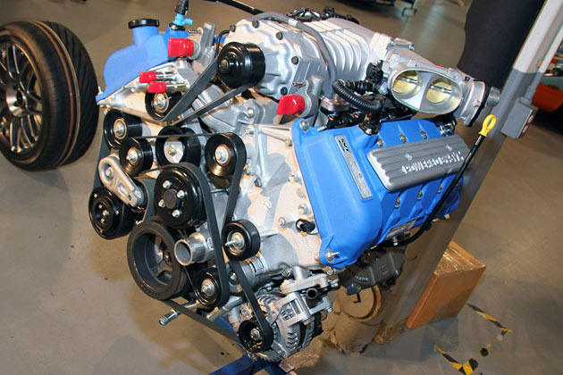 2011 Ford Shelby GT500 finally gets aluminum engine, loses 120 ...