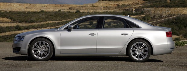 lead15audia8fd2011.jpg