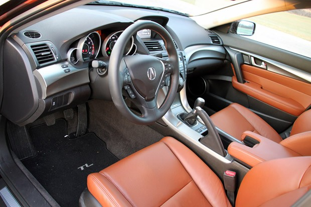 Review Acura TL SHAWD MT Is A Mouthful Not A Handful Autoblog - Acura tl manual transmission