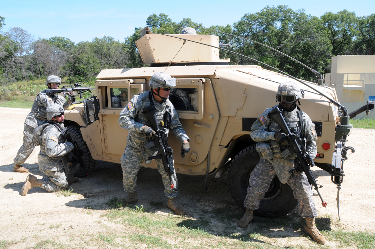 New military vehicle to replace humvee viewing gallery