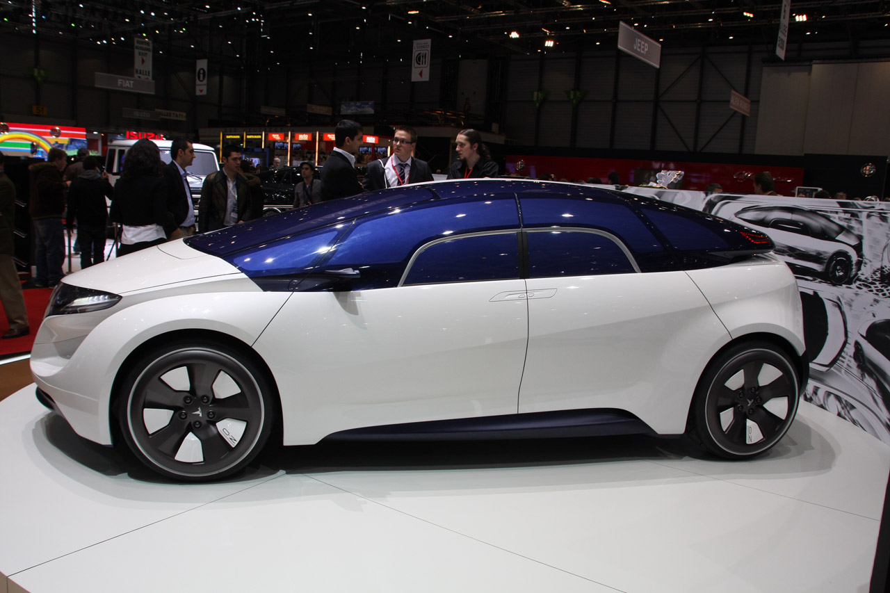 Pre Owned Tesla >> Geneva 2010: IED Tesla EYE concept Photo Gallery - Autoblog