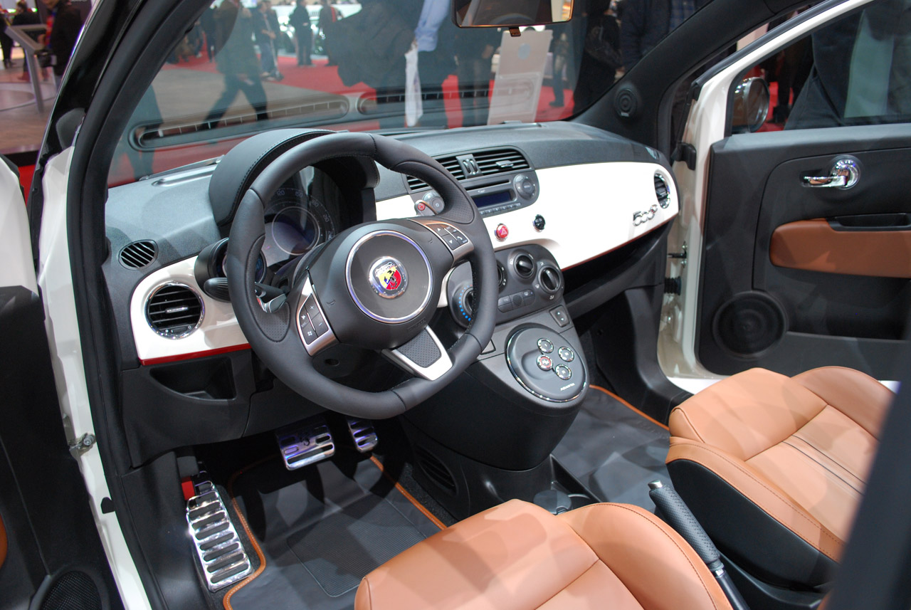 2009 Fiat 500 Abarth - Page 4