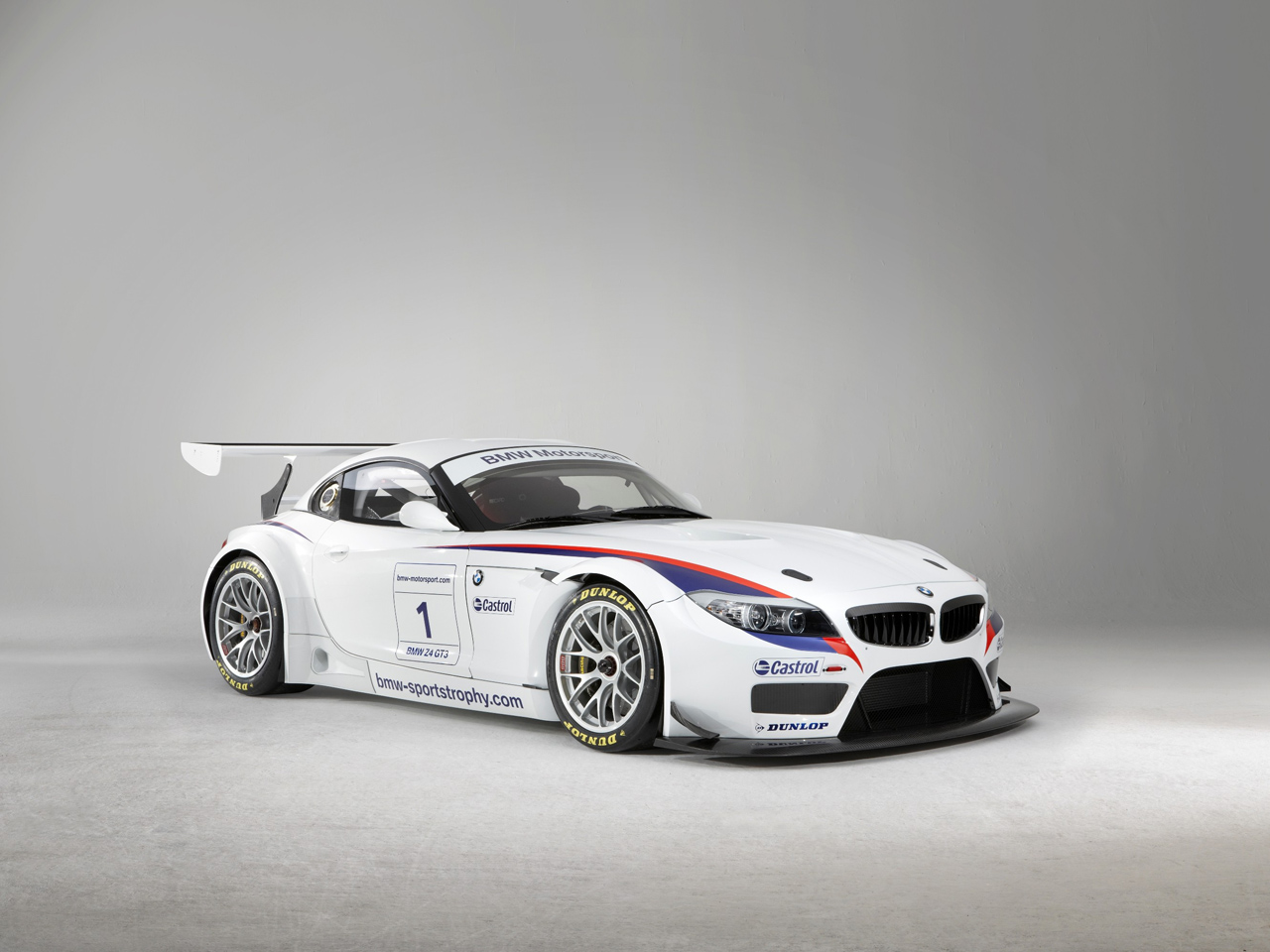 Bmw Motorsports Z4 Gt3 Dx Reference Room