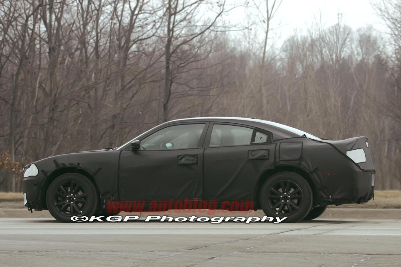 Next-gen Dodge Charger: Spy Shots Photo Gallery - Autoblog