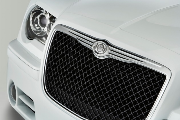 chrysler-300-grille.jpg
