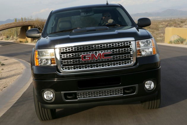 gm reconsidering 4 5 liter duramax diesel for use in hd pickups. Black Bedroom Furniture Sets. Home Design Ideas