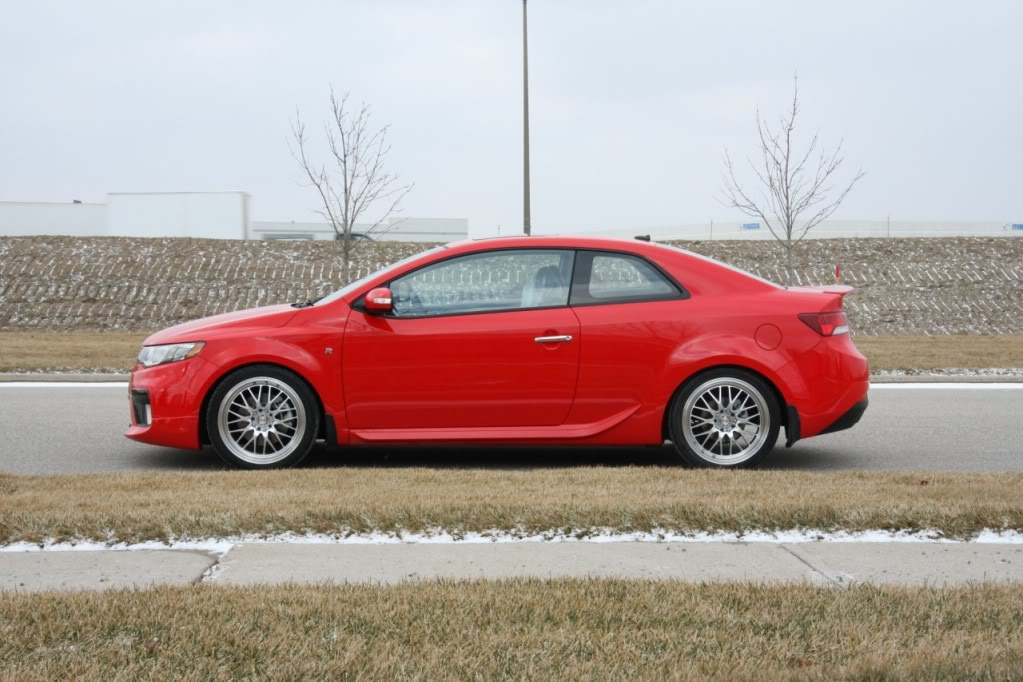 Kia Forte Koup R Package (Official From Canadian Dealers) Koup-side