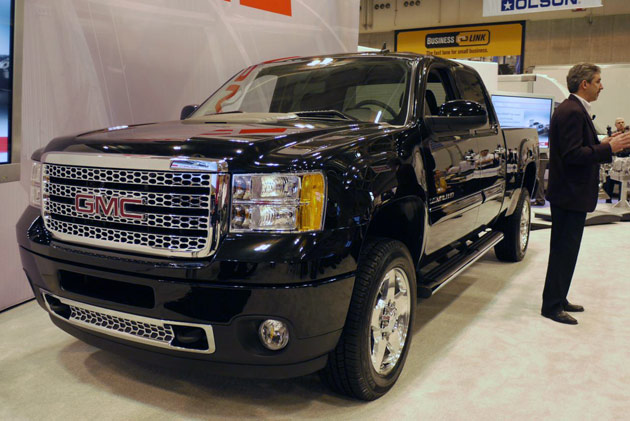 ntea-gmc-sierra-denali-hd-large04opt.jpg