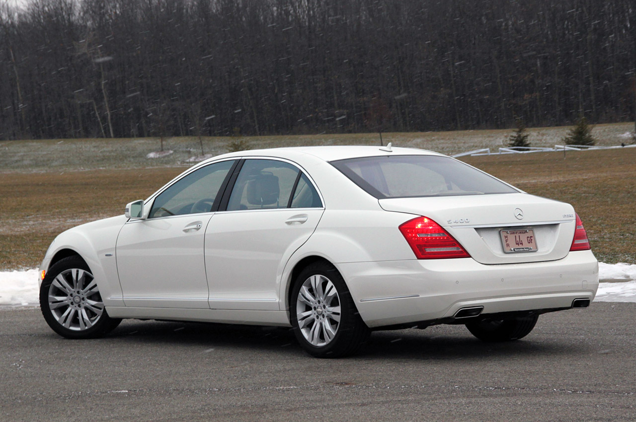 Review 2010 mercedes benz s400 hybrid photo gallery for 2013 mercedes benz s400 hybrid