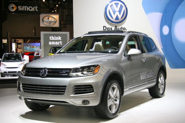 2011 volkswagen touareg hybrid canada. Black Bedroom Furniture Sets. Home Design Ideas