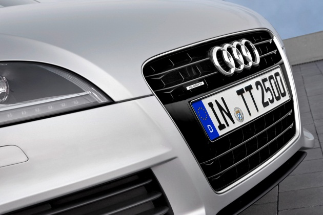 audi grille