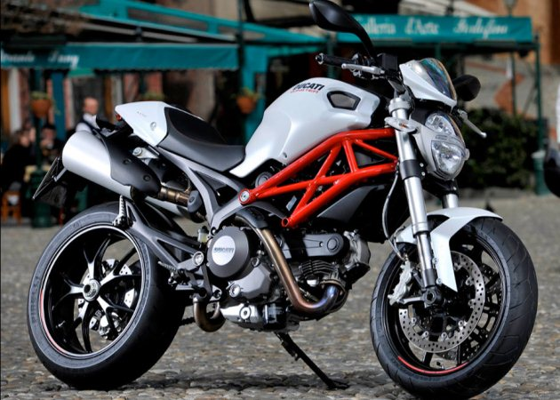 ducati monster 796
