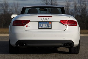 Review Audi S Cabriolet Speaks Too Softly But Carries A Big - Audi hardtop convertible