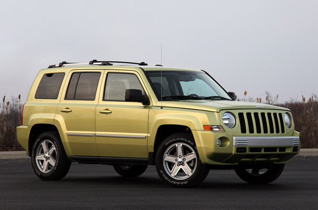 2011 jeep patriot reviews autoblog and new car test drive. Black Bedroom Furniture Sets. Home Design Ideas