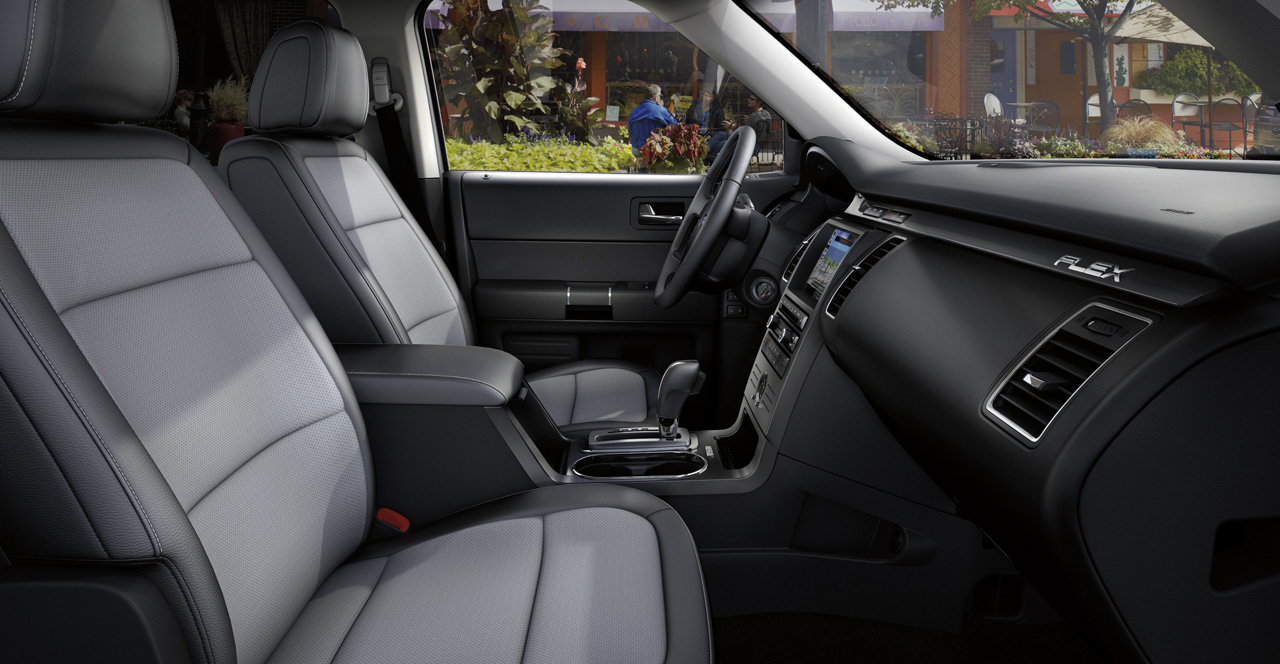 spy shots 2011 ford flex to get new sportier trim level. Black Bedroom Furniture Sets. Home Design Ideas