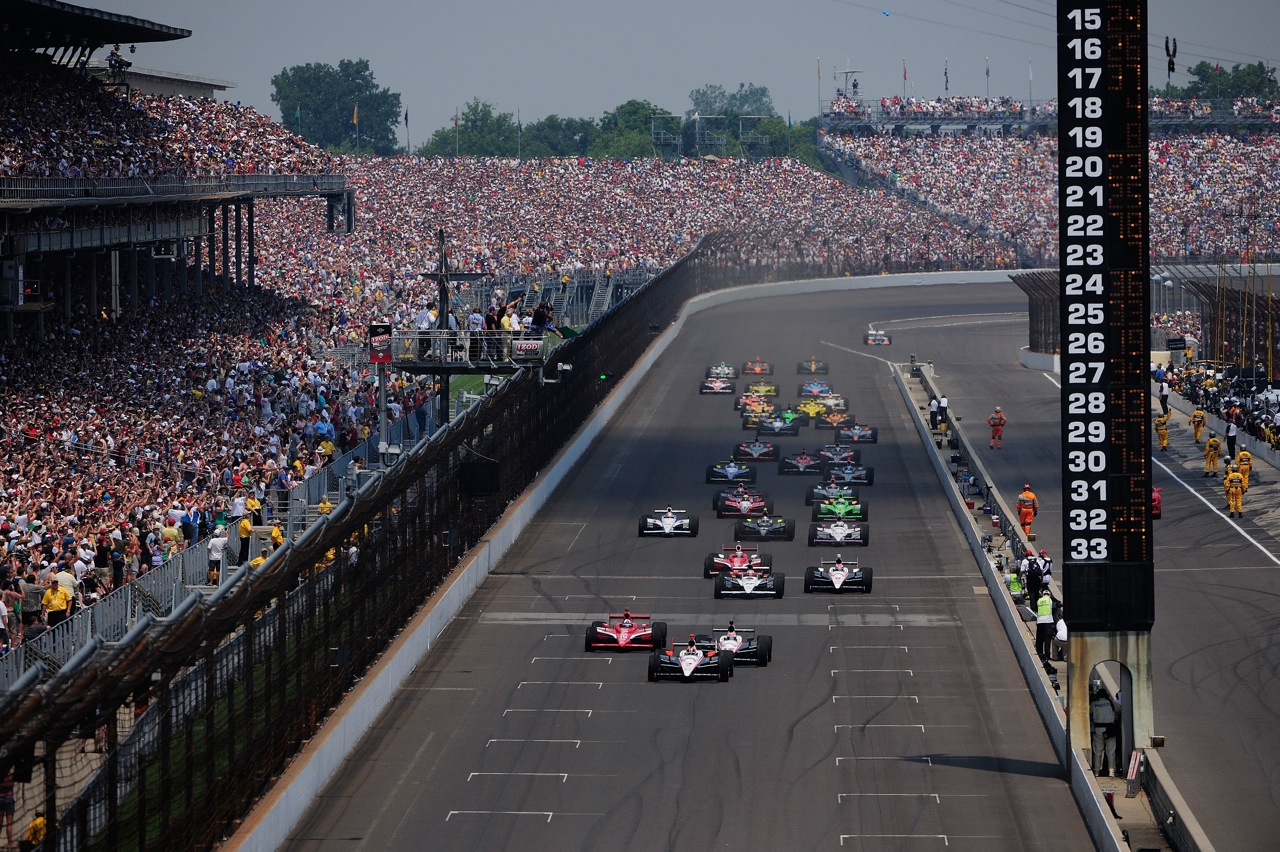 2010 indianapolis 500 photo gallery autoblog for The indianapolis motor speedway