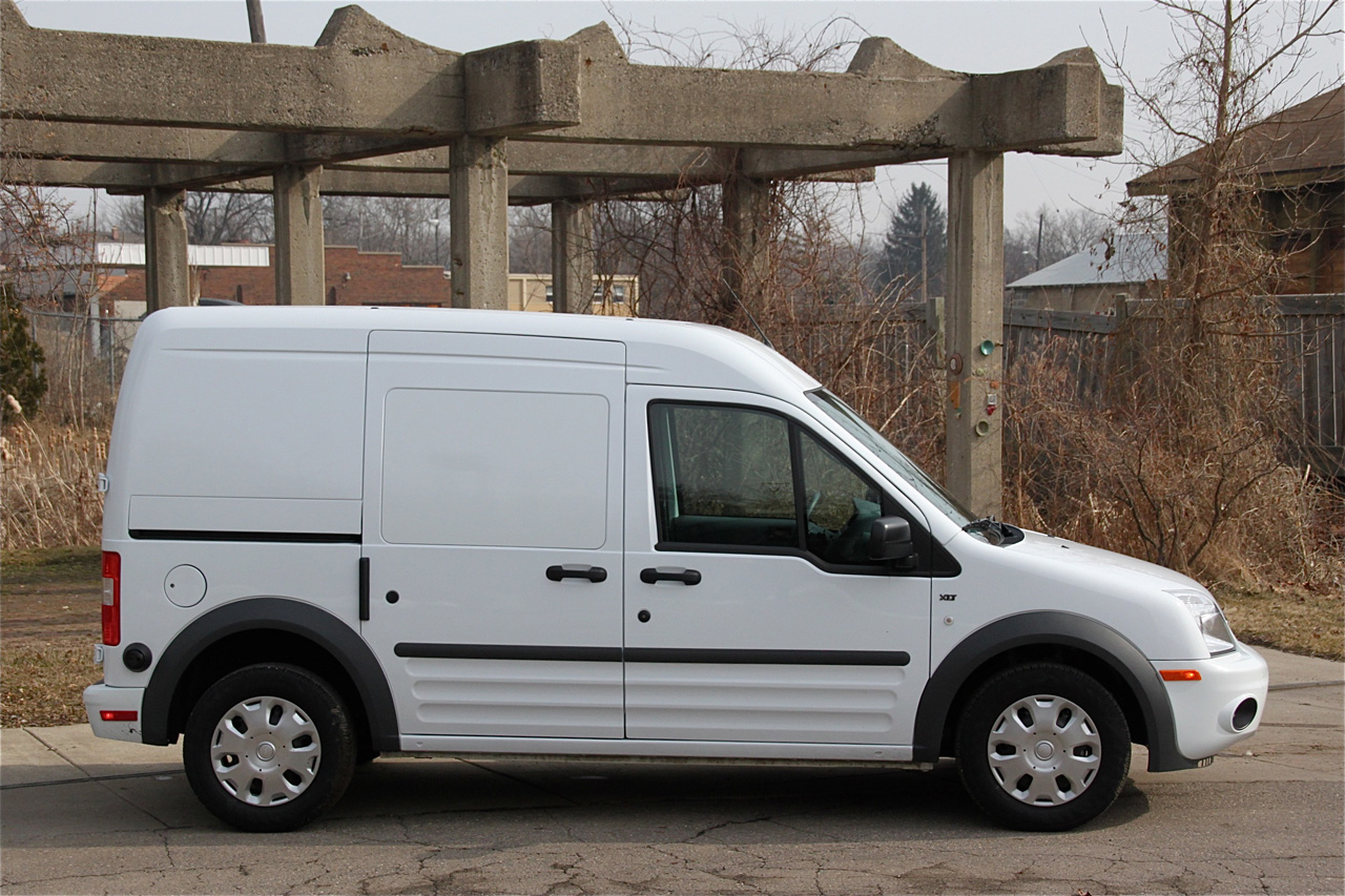 review 2010 ford transit connect photo gallery autoblog. Black Bedroom Furniture Sets. Home Design Ideas