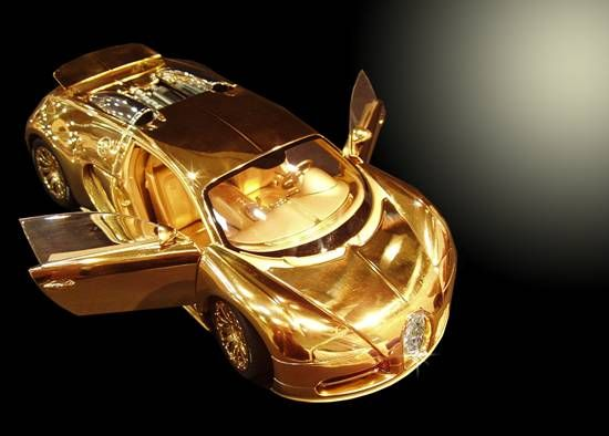 bugatti veyron diamond and gold scale model even costlier than the real thing. Black Bedroom Furniture Sets. Home Design Ideas