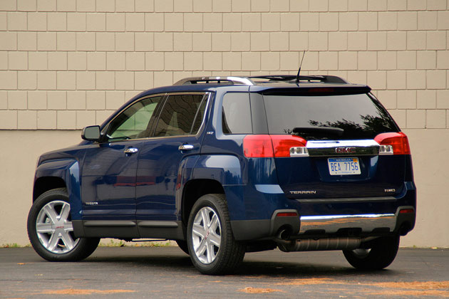 Gmc Terrain Towing Capacity >> Review 2010 Gmc Terrain A Tale Of Two Engines Autoblog