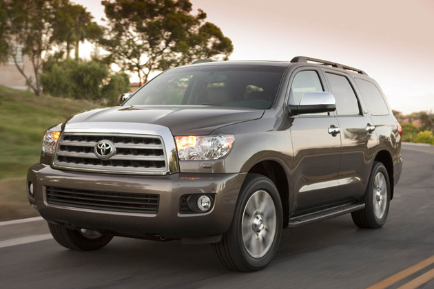 01 2010 toyota sequoia 630op Report: Toyota to kill Sequoia, Tundra redesigned in 2014