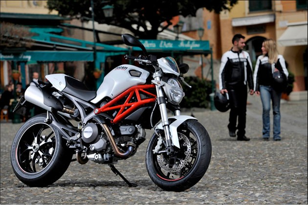 Mercedes benz partnering with ducati for motorcycle for Mercedes benz motorcycle