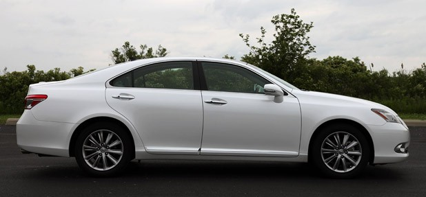 Review: 2010 Lexus ES 350 Is Soft Riding Royalty Thatu0027s Lost Its Crown    Autoblog