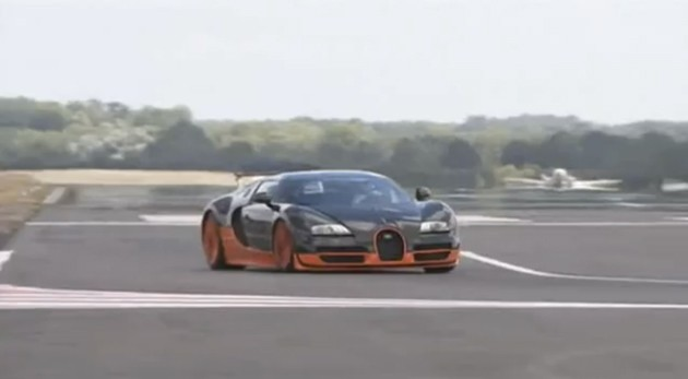 video bugatti veyron ss takes on top gear test track at. Black Bedroom Furniture Sets. Home Design Ideas