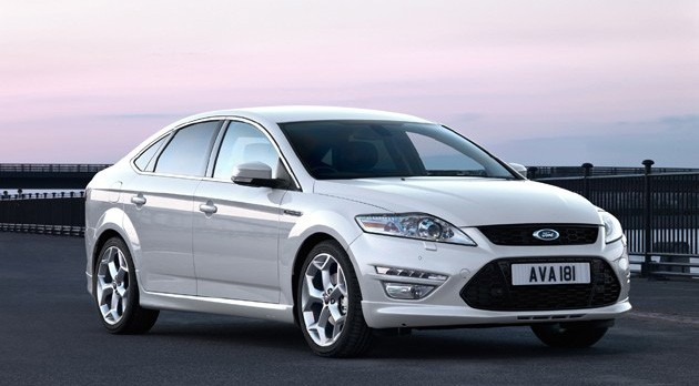 2011 Ford Mondeo at sunset
